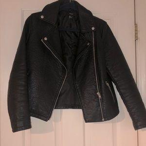 Women's Forever 21 Black Leather Moto Jacket Med
